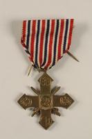 2004.643.3 front Ceskoslovensky Valecny Kriz 1939 (Czechoslovak War Cross) with ribbon awarded to a Czech Jewish soldier  Click to enlarge