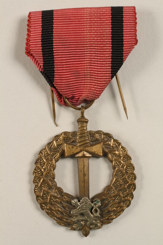 2004.643.5 front Pametni Medaile Ceskoslovenska Armada V Zahranici (Czechoslovak Army Abroad) medal awarded to a Czech Jewish soldier