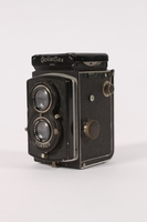 2015.483.1 a 3/4 view Rolleiflex camera taken by an American soldier  Click to enlarge