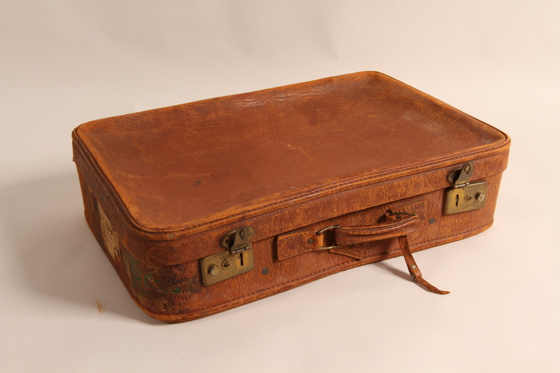 2015.501.2 front Suitcase used by German Jewish refugee family