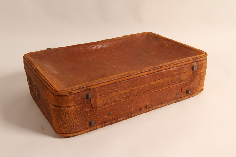 2015.501.2 back Suitcase used by German Jewish refugee family