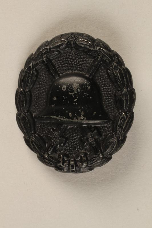 1991.239.2 front World War I wound badge third grade