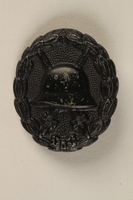 1991.239.2 front World War I wound badge third grade  Click to enlarge