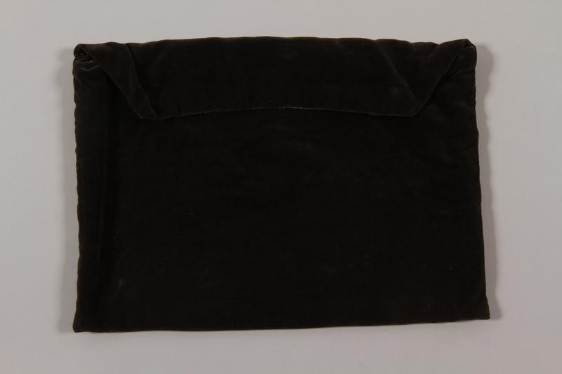 2015.365.10 back Tallit bag carried by a Kindertransport refugee