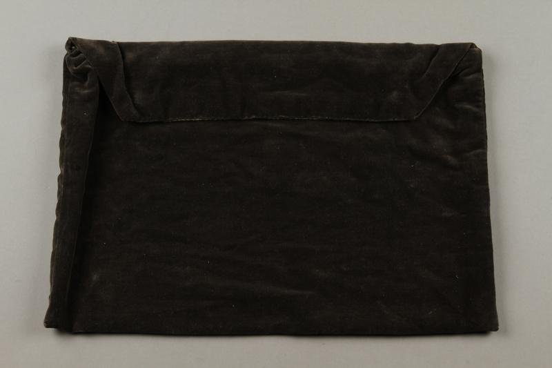 2015.365.10 side b Tallit bag carried by a Kindertransport refugee