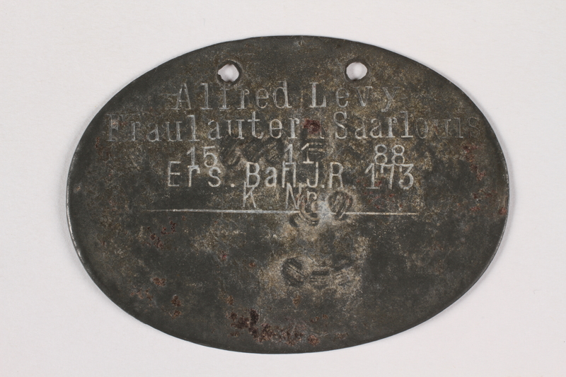 2015.415.7 front World War I dog tags worn by a Jewish soldier