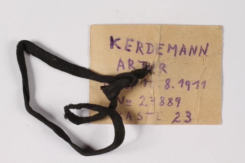 1995.A.0217.2b back Identification card