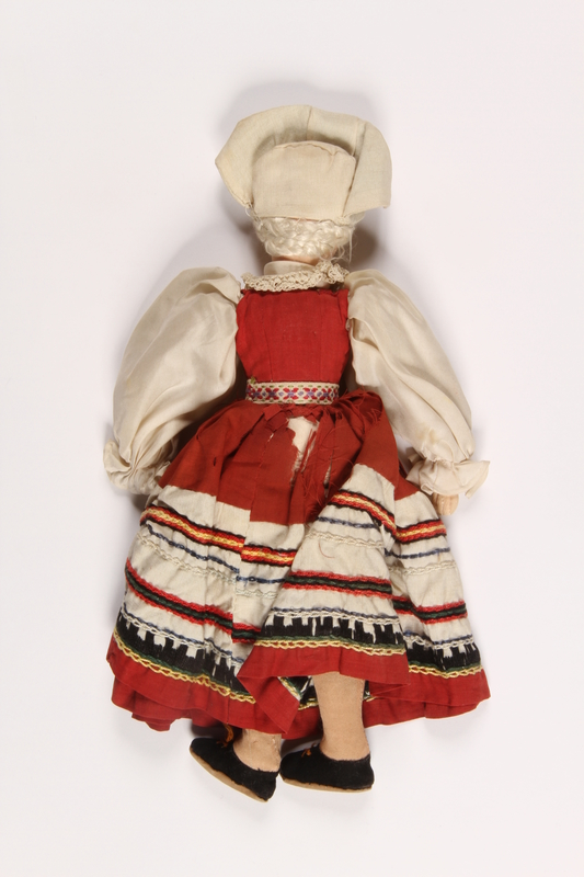 2015.451.2 back Doll in traditional Polish costume