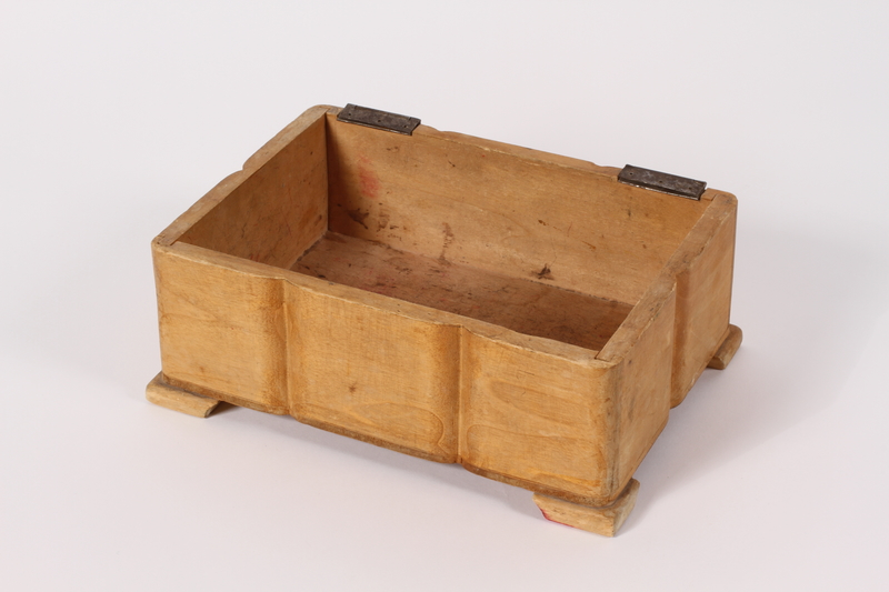2015.451.50 a front decorative wooden box