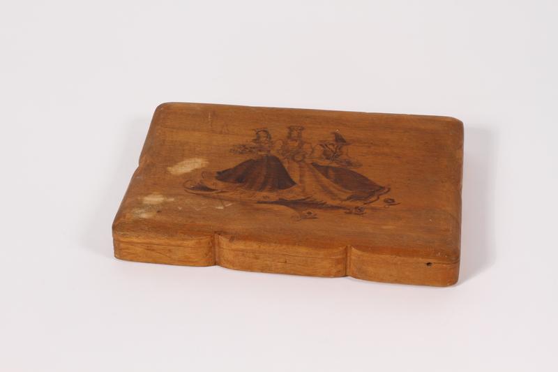 2015.451.50 a-b front decorative wooden box