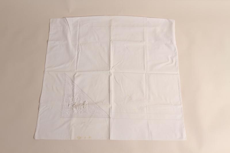 2014.533.3 front Linen pillowcase