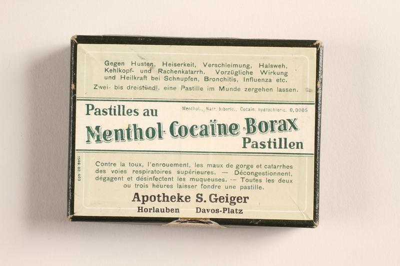 2004.614.2 top Pastilles au Menthol-Cocaine-Borax box