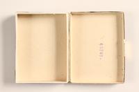 2004.614.2 open Pastilles au Menthol-Cocaine-Borax box  Click to enlarge