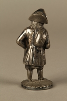 2016.184.7 back Pewter pepper shaker as a bearded Jewish peddler in tricorn hat  Click to enlarge