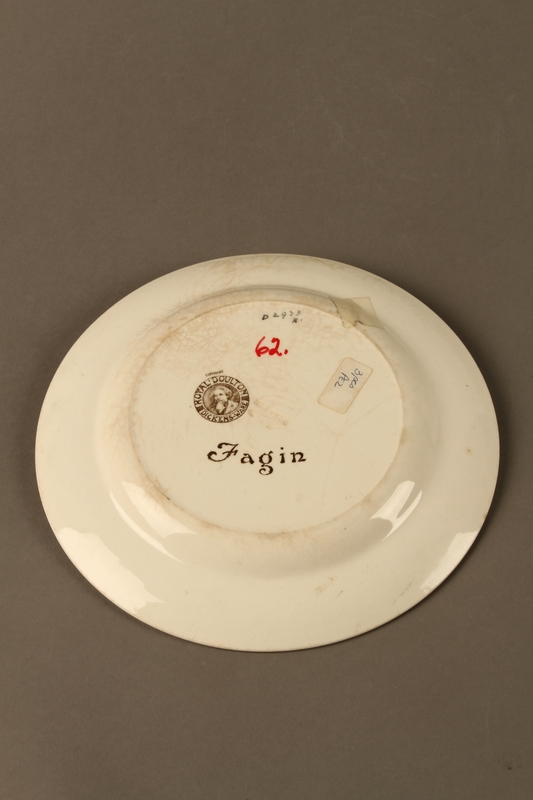 2016.184.69 back Royal Doulton Dickens ware dinner plate with Fagin