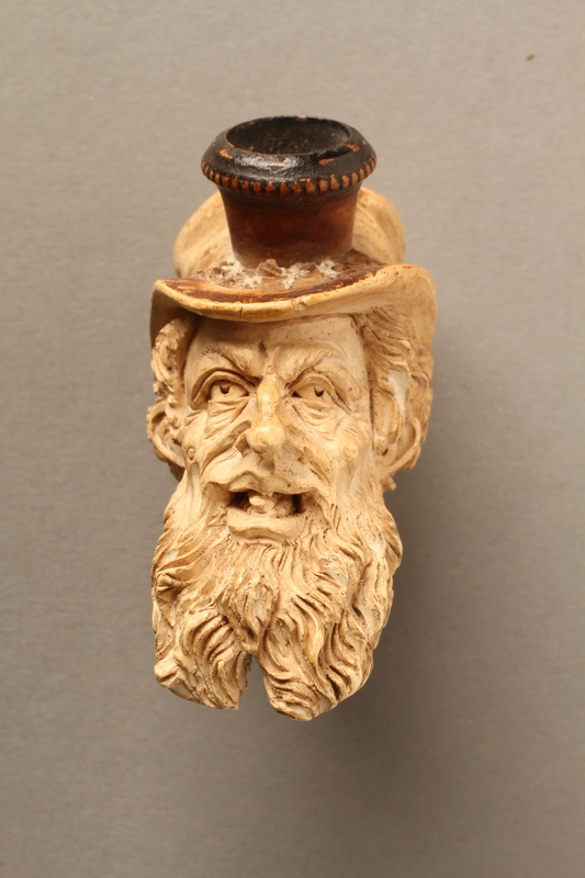 2016.184.118 front Ivory cigarette holder carved as the head of a bearded Jew
