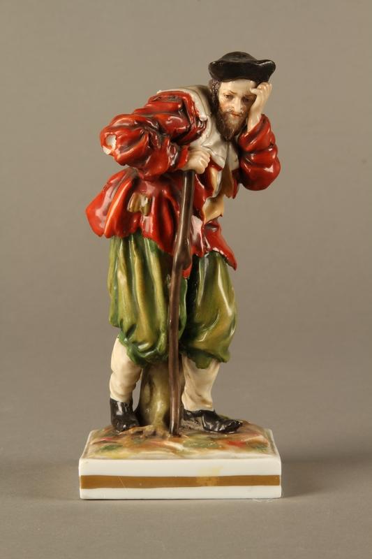 2016.184.124 front Ginori porcelain figurine of the Wandering Jew