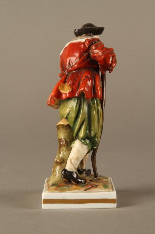 2016.184.124 right side Ginori porcelain figurine of the Wandering Jew