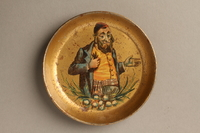 2016.184.131 front Small dish with a painting of a Jew scratching himself  Click to enlarge