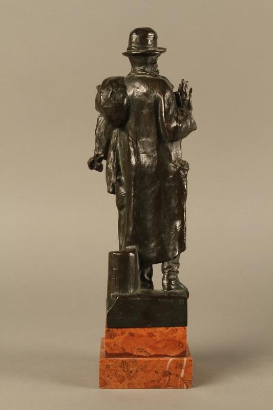 2016.184.142 back Bronze figure of a Jewish peddler by Anton Mashik