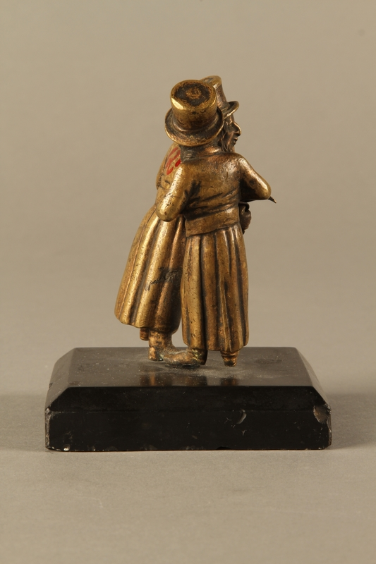 2016.184.149 right side Bronze figurine of two Jewish men standing in conversation