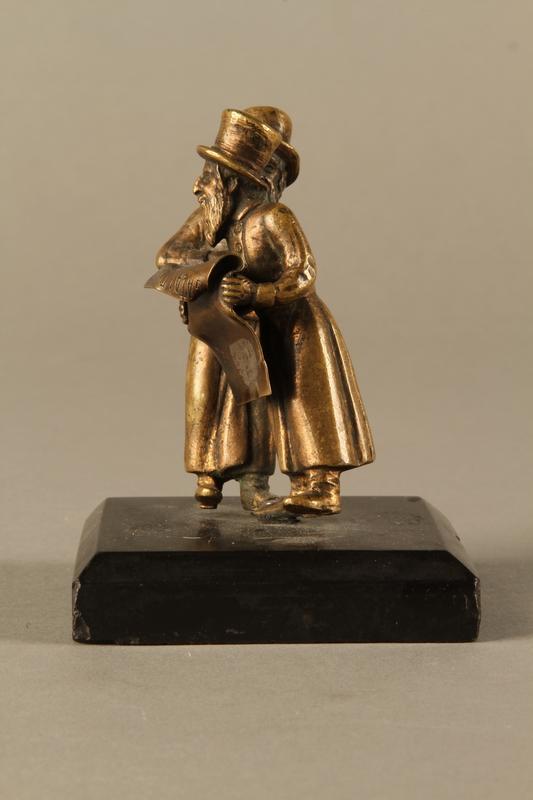 2016.184.149 left side Bronze figurine of two Jewish men standing in conversation