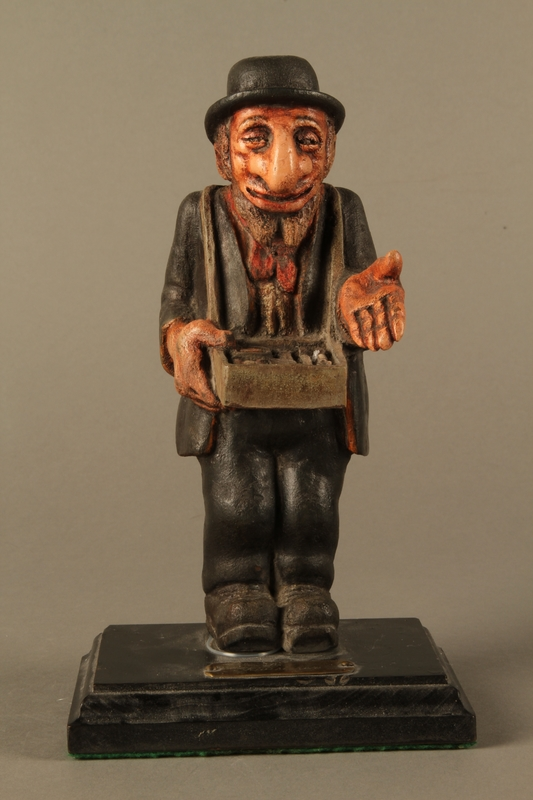 9ce67bd4173 ... 2016.184.152.2 front Painted wooden figurine of a Jewish peddler Click  to enlarge ...
