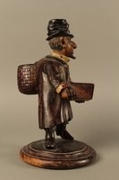 2016.184.255 right side Biedermayer hand carved wooden figure of a Jewish Peddler  Click to enlarge