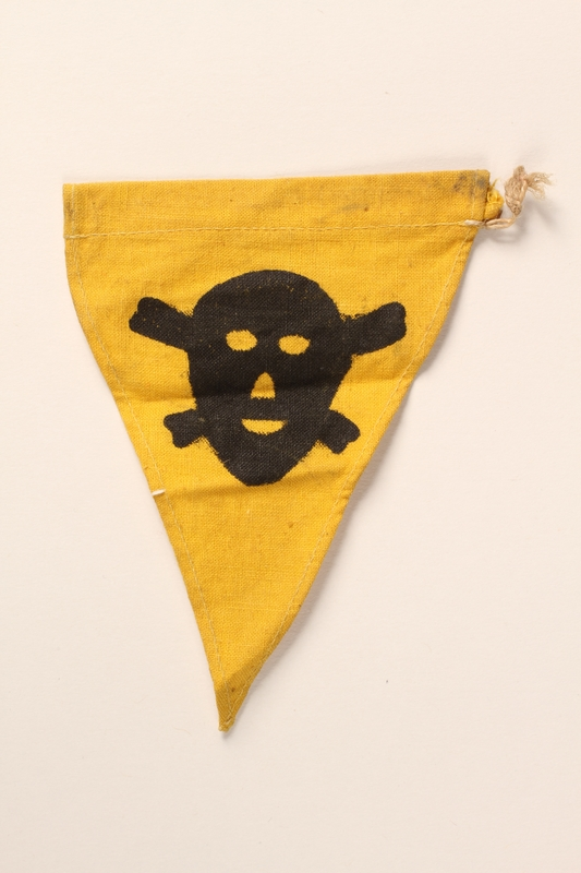 2015.558.10 front Pennant found by a US soldier