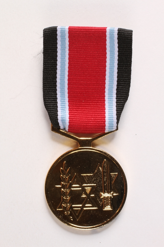 2003.361.17 a front Fighter against the Nazis Medal and box awarded to Jewish Brigade veteran