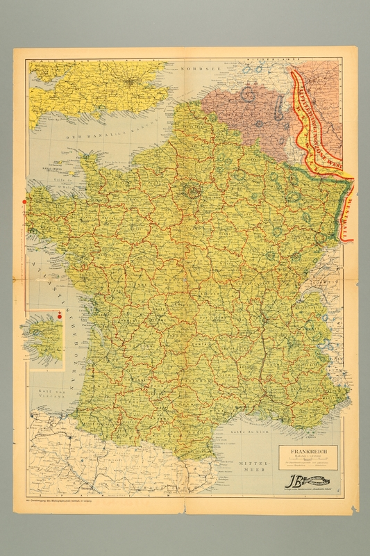 2016.184.423 back France's Shame, a poster foldout special of the Nazi Party weekly