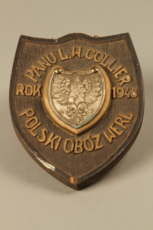 1996.A.0063.2 front Plaque with Polish eagle issued to Mr. L.W. Collier