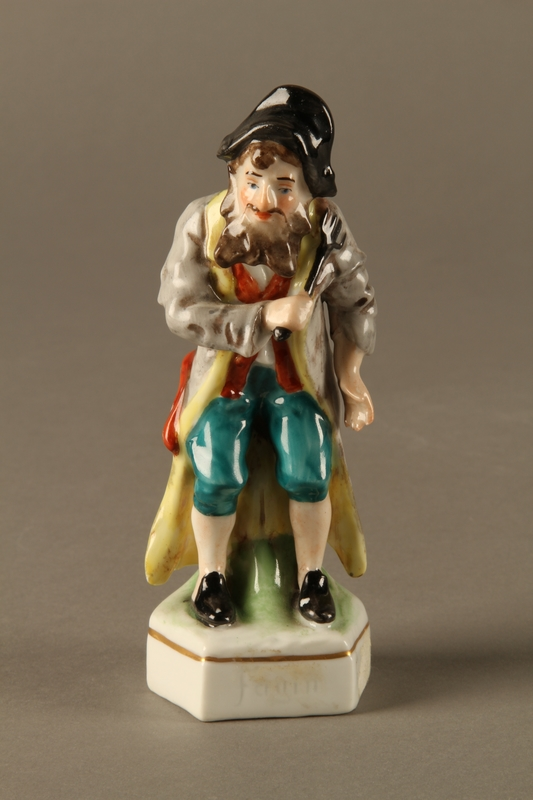 2016.184.613 front Painted porcelain Fagin with his toasting fork