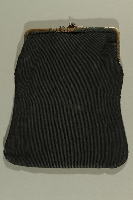 2016.308.2 front Black purse