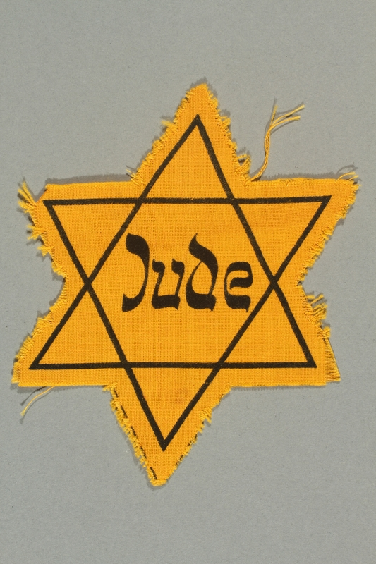 2016.324.1 front Unused Star of David badge