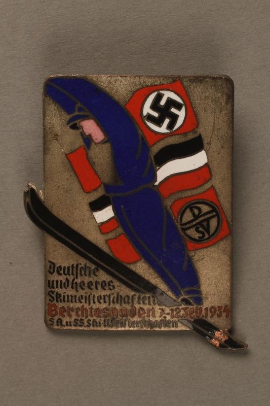 2016.380.1 front Deutscher Ski Verein pin