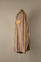 2015.586.2 right Concentration camp uniform jacket for a Hungarian political prisoner  Click to enlarge