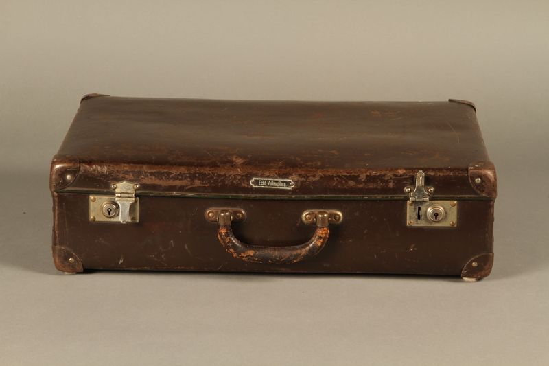 2016.352.2 front Suitcase used by German Jewish refugees