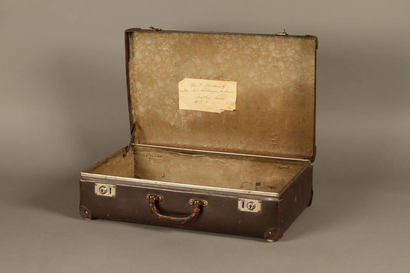 2016.352.2 open Suitcase used by German Jewish refugees