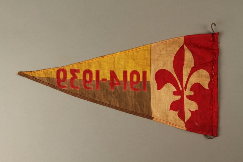 2016.473.3 back Boy Scout pennant with fleur de lis and 1914-1939 owned by a German Jewish refugee