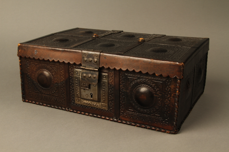 2015.600.2 3/4 view Leather and metal box owned by German Jewish refugees