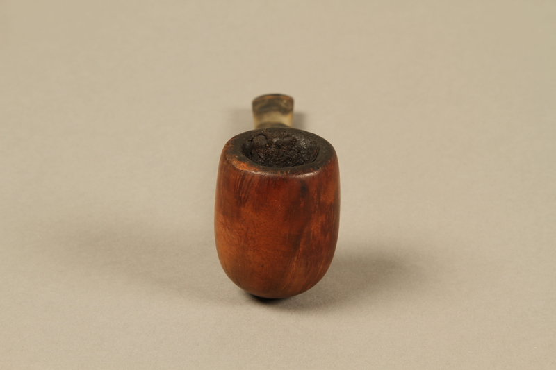 2012.427.3 front Barling's briar wood straight billiard pipe used by American soldier and liberator
