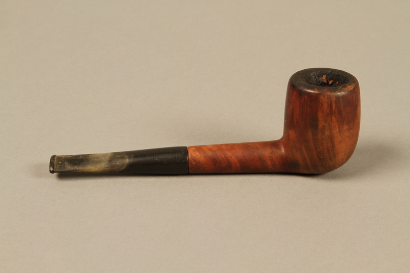 2012.427.3 right side Barling's briar wood straight billiard pipe used by American soldier and liberator