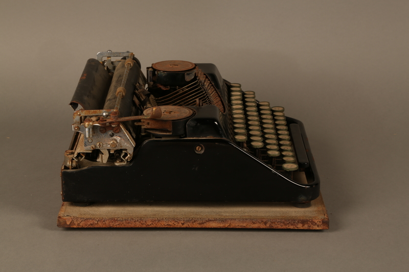 2017.296.2 right side Hebrew typewriter used in a DP camp