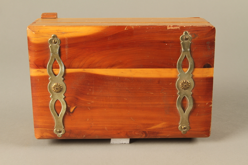 2017.311.5 a-c top Jewelry box with lock and keys