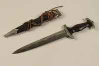 1992.107.1_a-b open SS dagger and sheath  Click to enlarge