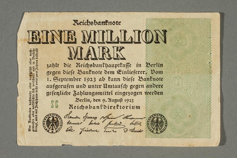2017.404.3 front Weimar Germany Reichsbanknote, 1 million mark