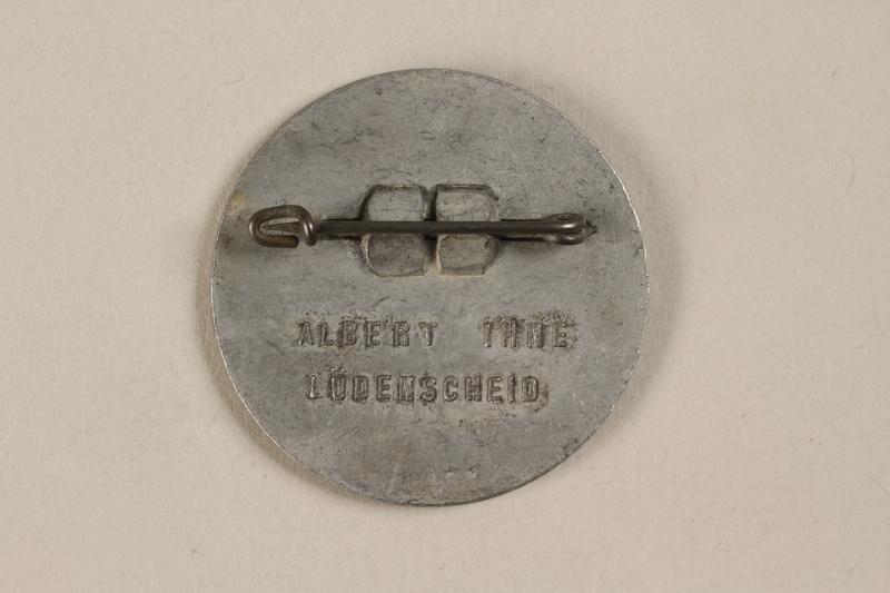 1992.127.13.6 back Pin