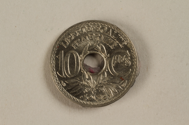 1992.142.6 front France, 10 centime coin