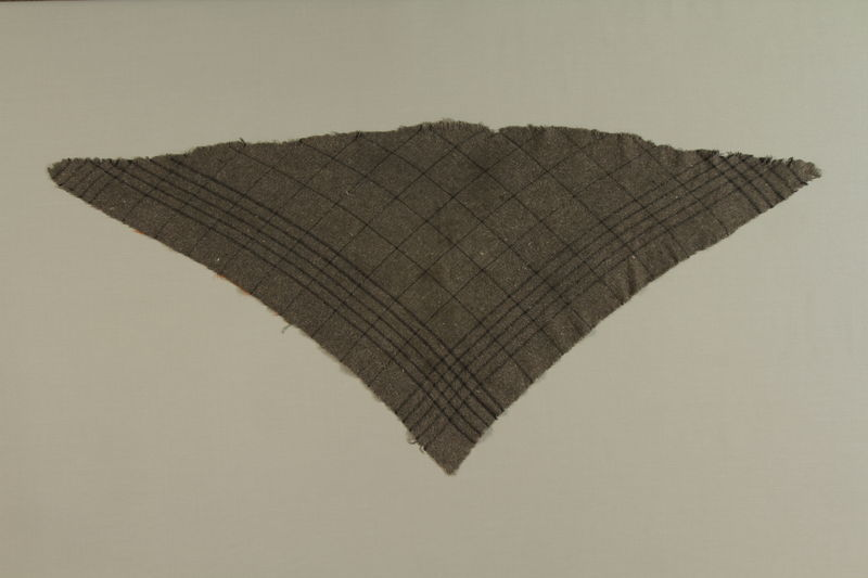 1992.150.1 front Scarf worn by female prisoner in Stuthoff concentration camp